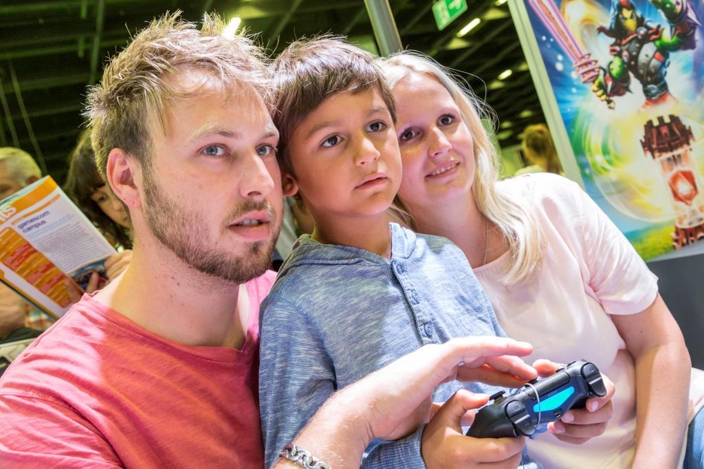 Für die ganze Familie: family & friends - copyright: Koelnmesse GmbH, Hanne Engwald