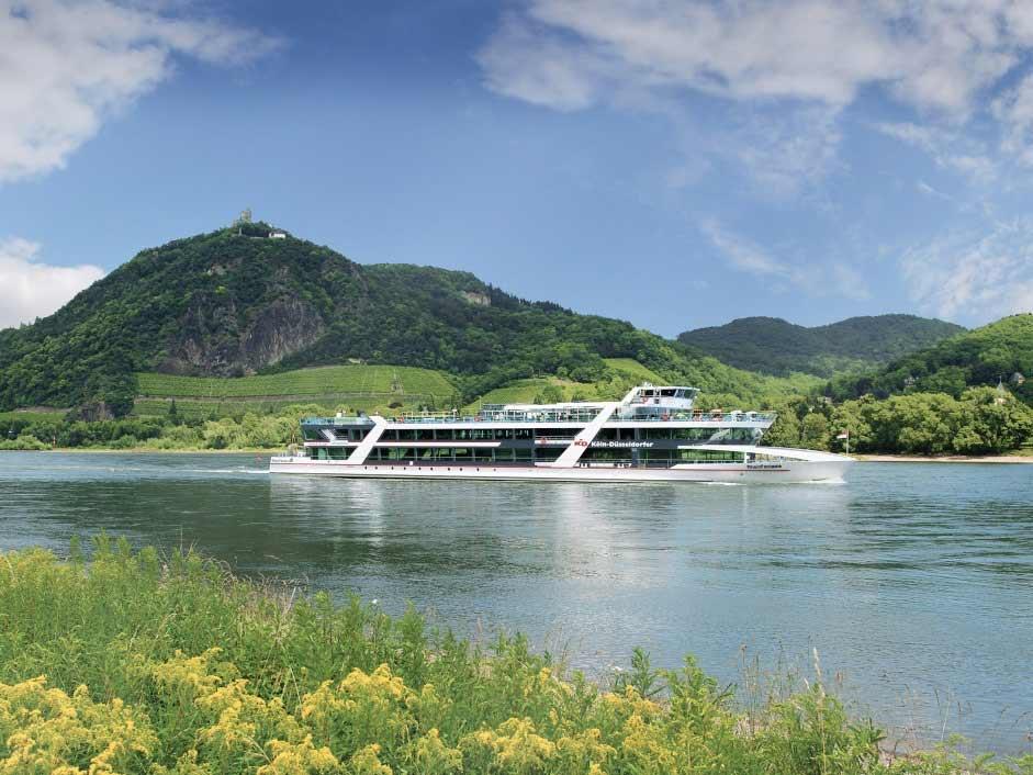 Zum Drachenfels per Schiff - copyright: KD Deutsche Rheinschiffahrt AG