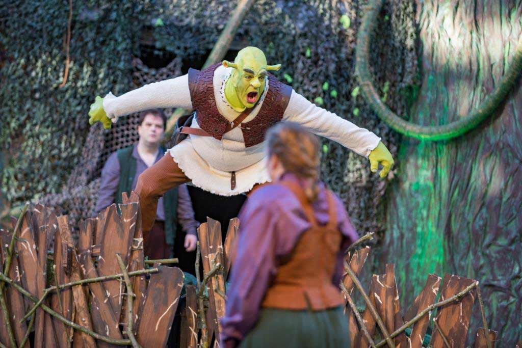 Shrek - Das Musical - copyright: Andre Havergo