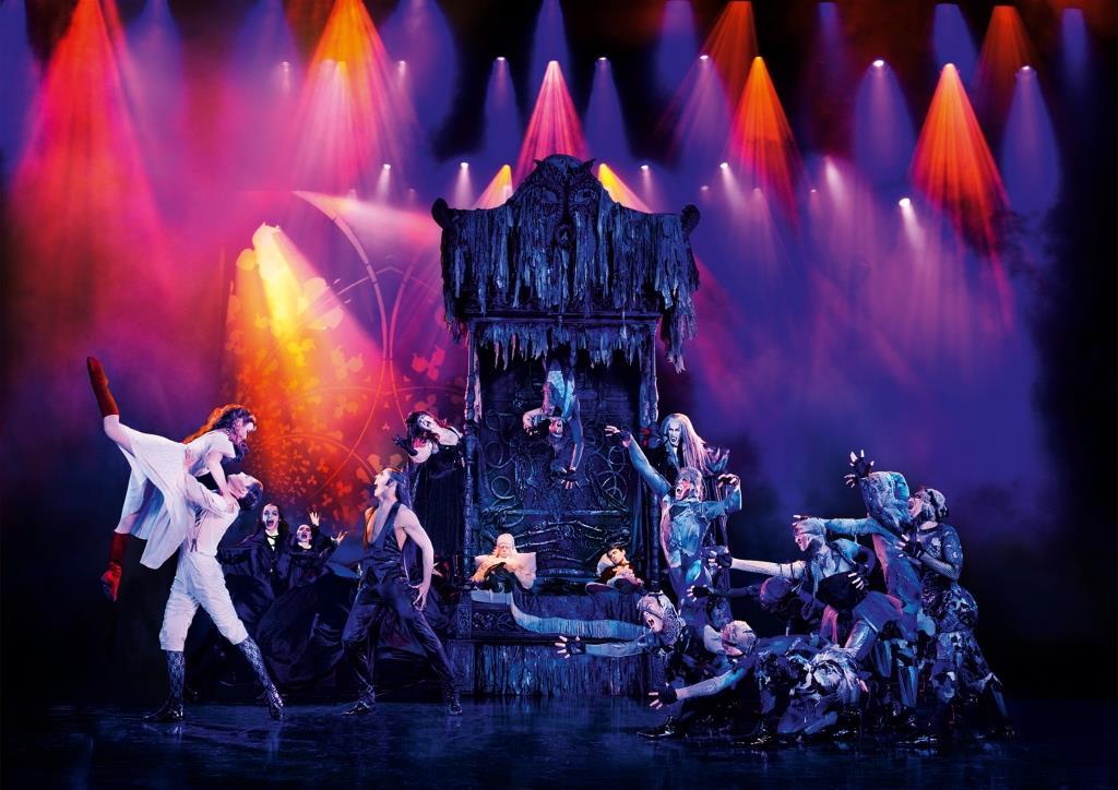 Die Geschichte: Graf von Krolock lädt zum Tanz - copyright: Stage Entertainment