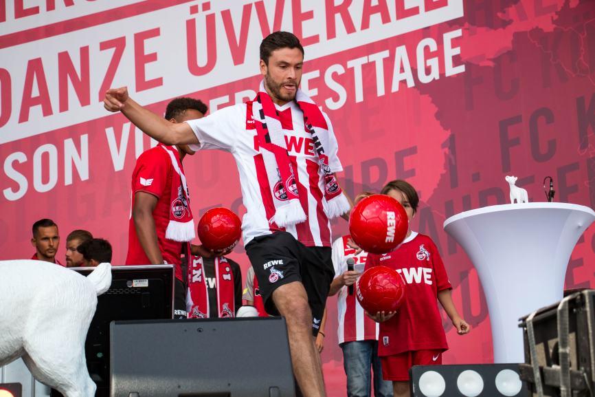 Jonas Hector bleibt dem 1. FC Köln auch in der 2. Bundesliga erhalten. copyright: CityNEWS / Alex Weis