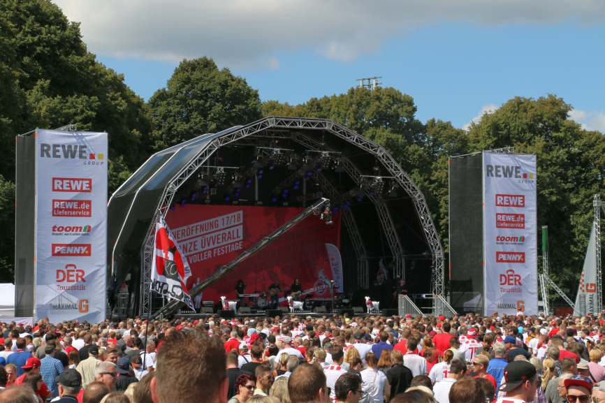 Das Bühnenprogramm zur Saisoneröffnungsfeier des 1. FC Köln © CityNEWS
