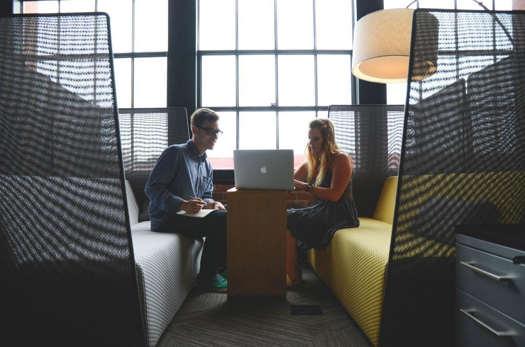 Spezielle Angebote für StartUp-Gründer beachten - copyright: pixabay.com