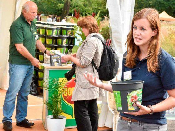 Mitmachen und erleben - unter diesem Motto bietet der TAG DES GARTENS auch 2017 ein tolles Rahmenprogramm im Deutzer Rheinpark. Experten beraten interessierte Gartenfreunde individuell und in Workshops. - copyright: Koelnmesse GmbH / Thomas Klerx