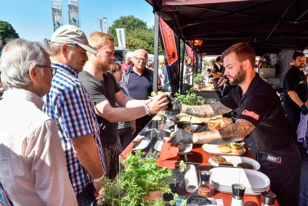 Auch kulinarisch wird bei TAG DES GARTENS 2017 im Kölner Rheinpark einiges geboten! - copyright: Koelnmesse GmbH / Thomas Klerx