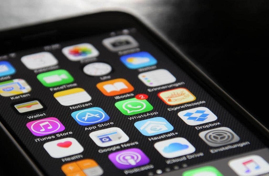 """Der Schädling """"Pegasus"""" nistet sich in das Betriebssystem des iPhone ein und liest von dort aus unentdeckt E-Mails und Nachrichten mit. - copyright: pixabay.com"""