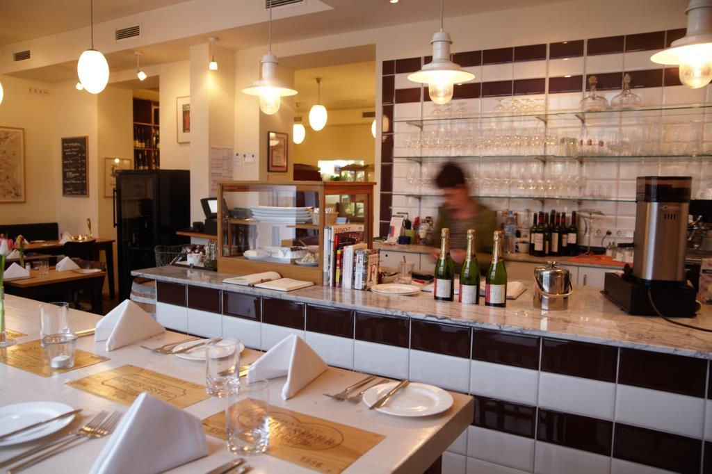 Das gemütliche Sorgenfrei im Belgischen Viertel bietet alles, was ein gutes Restaurant haben muss: Qualität, besondere Speisen, Charakterweine und eine schöne Atmosphäre. - copyright: Reiner Holz
