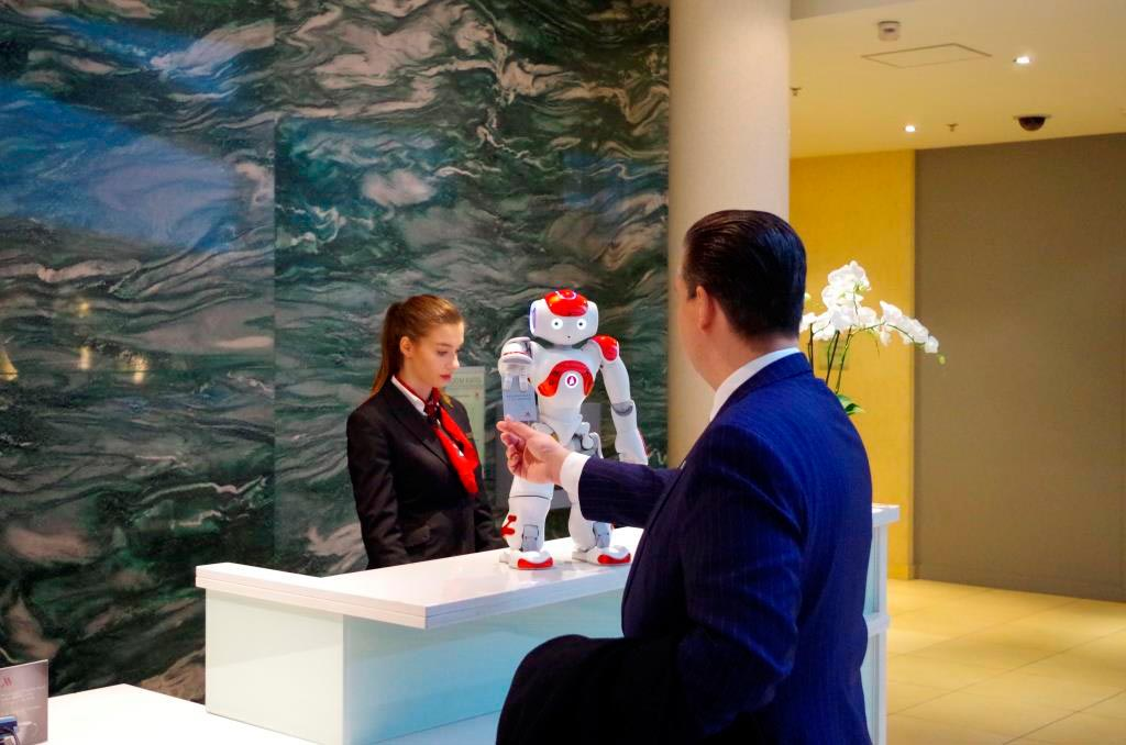Mario ist ein wahrer Allrounder und unterstützt an allen Stellen im Hotel. - copyright: Marriott International Inc.