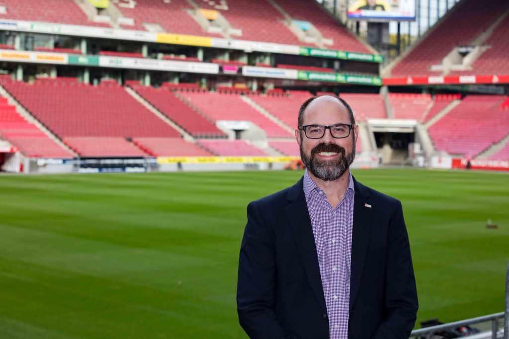 """Leitet als """"Kapitän"""" die Geschicke: Lutz Wingerath, Geschäftsführer der Kölner Sportstätten GmbH. - copyright: CityNEWS / Alex Weis"""