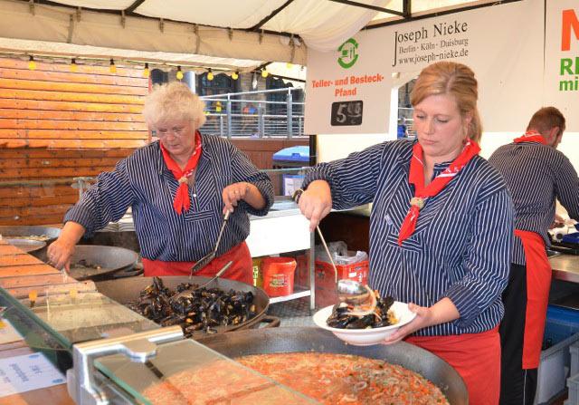 Frische Muscheln, leckere Fischspezialitäten und guter Wein beim Muschelfest in Köln - copyright: Gritt Ockert, Nieke Veranstaltungen