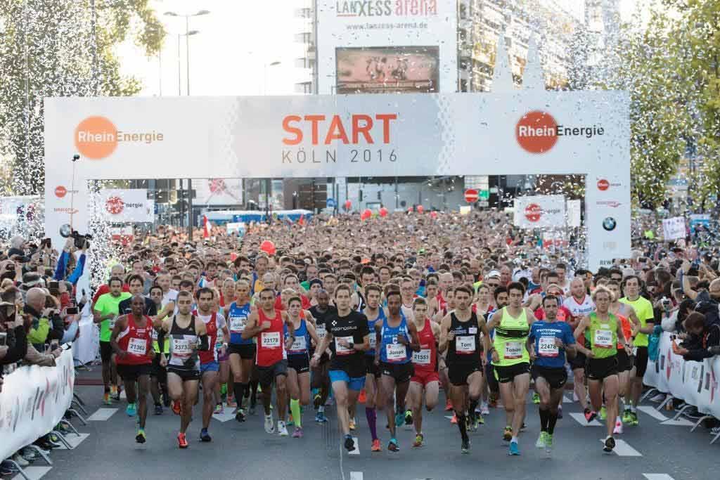 Beim Livestream hier bei CityNEWS ist man immer hautnah beim RheinEnergie Marathon aus Köln dabei! copyright: Norbert Wilhemi / Köln Marathon