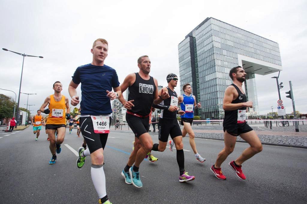 Die Laufstrecke zum Marathon in Köln copyright: Norbert Wilhemi / Köln Marathon
