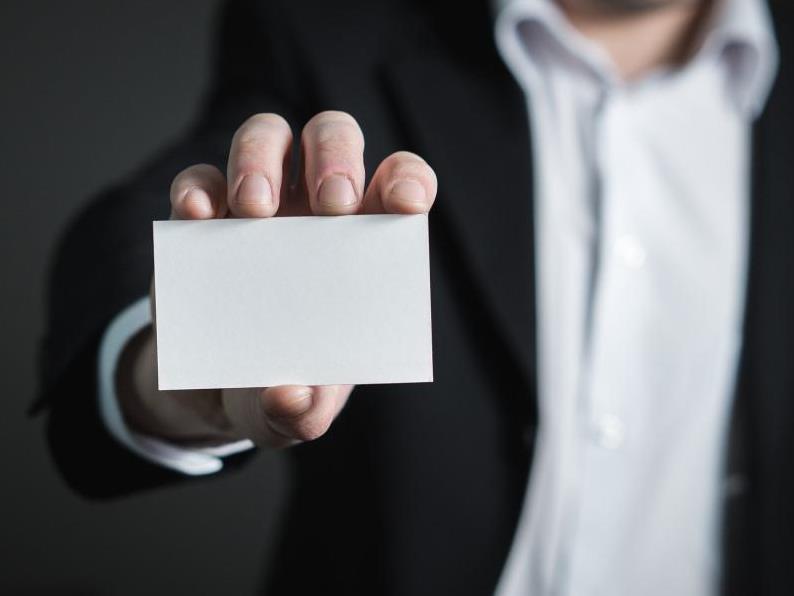 Mit individuellen Grußkarten, Einladungen und Visitenkarten punkten - copyright: pixabay.com