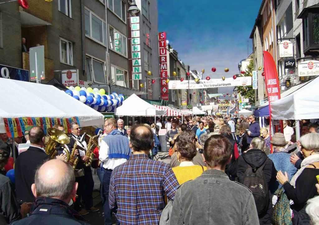 Längste Desch vun Kölle 2018: Alle Infos zum Straßenfest in der Kölner Südstadt copyright: CityNEWS / EidenArt
