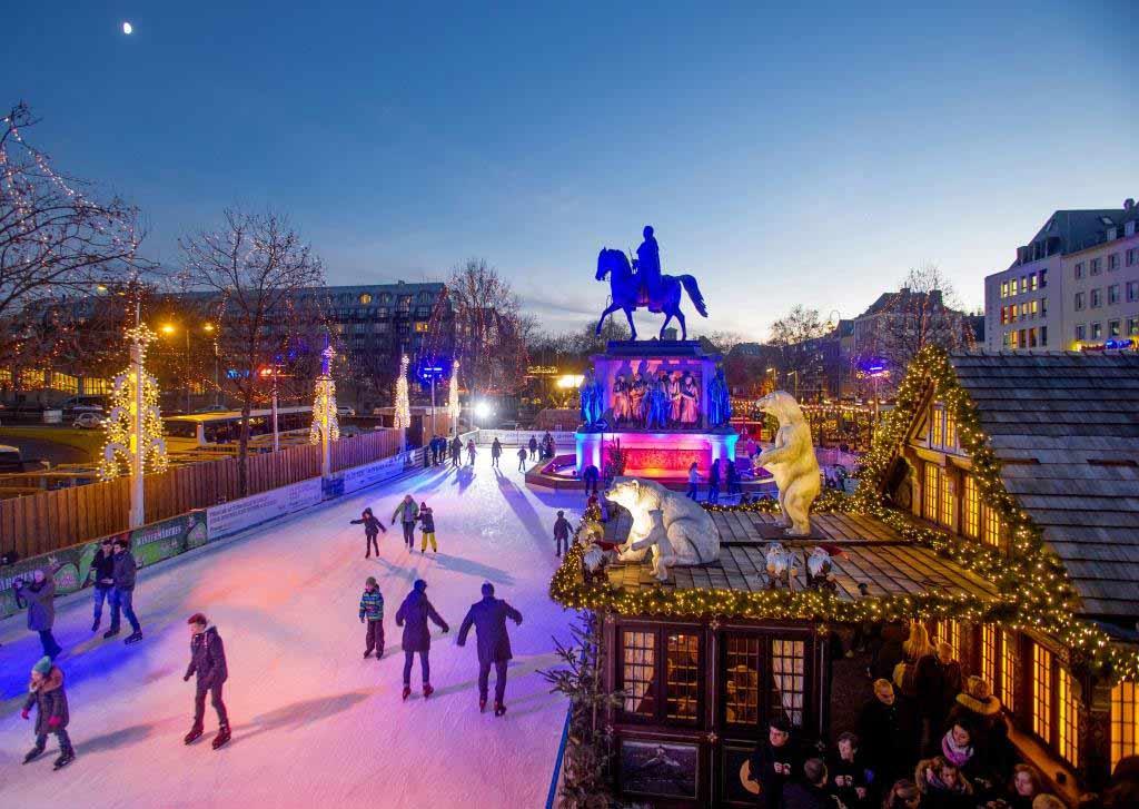 Mit ihren 110 Metern ist die Eisbahn fast so lang wie ein Fußballfeld. copyright: Heinzel GmbH / Thilo Schmülgen