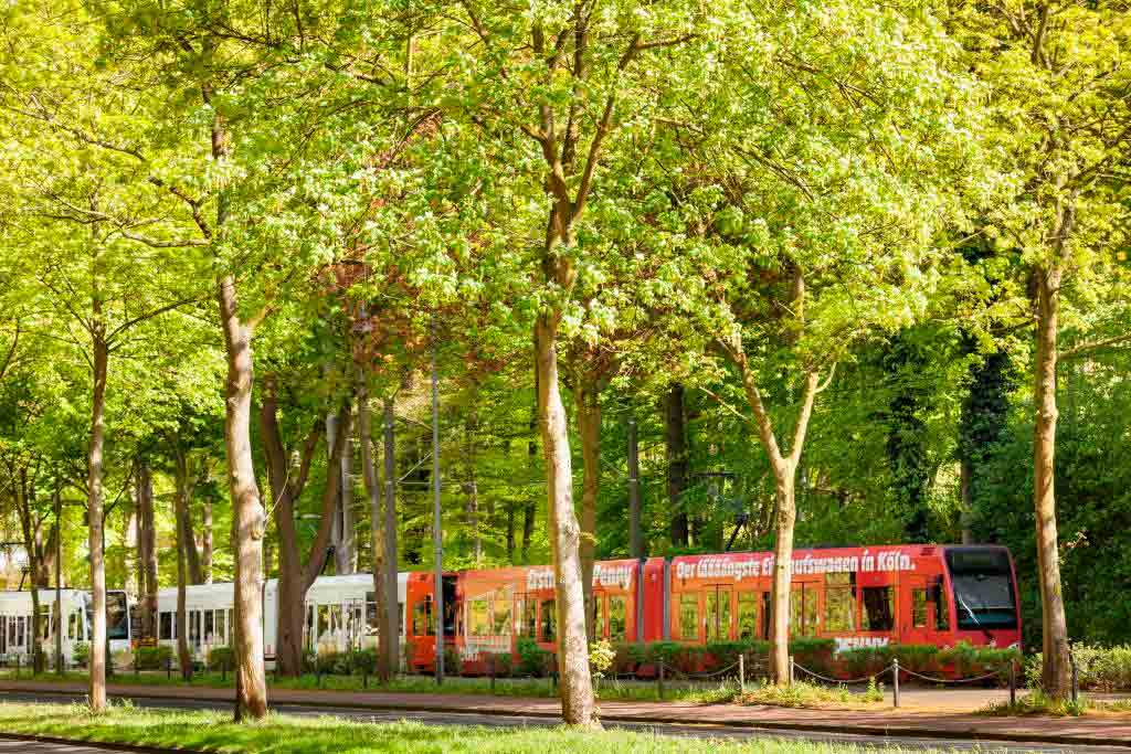 Marathon-Teilnehmertickets sind zugleich Fahrschein für die KVB und VRS copyright: Christoph Seelbach, Kölner Verkehrs-Betriebe AG