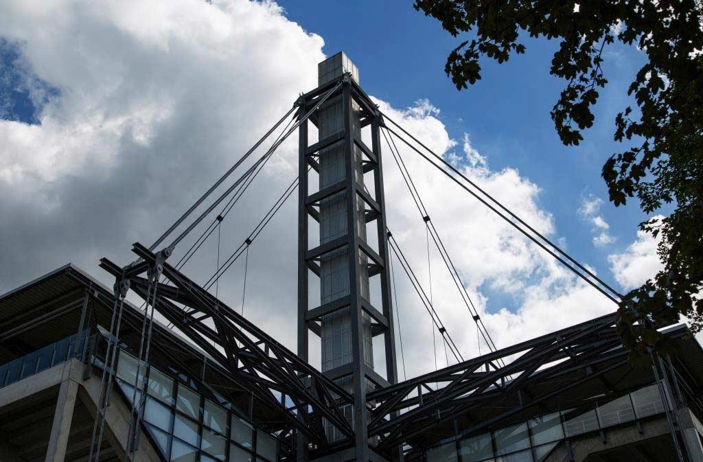 Dunkle Wolken ziehen in Köln-Müngersdorf auf. copyright: CityNEWS / Alex Weis