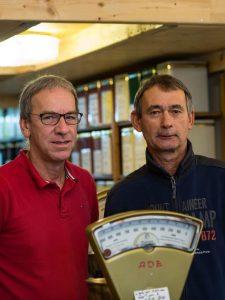 Hans-Rudolf Bartz und Heinz-Jürgen Schneider betreiben den Teeladen am Chlodwigplatz. copyright: CityNEWS / Alex Weis