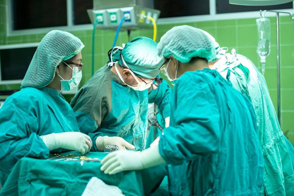 Minimalinvasives Verfahren beim Bandscheibenvorfall belastet Patienten weniger copyright: pixabay.com