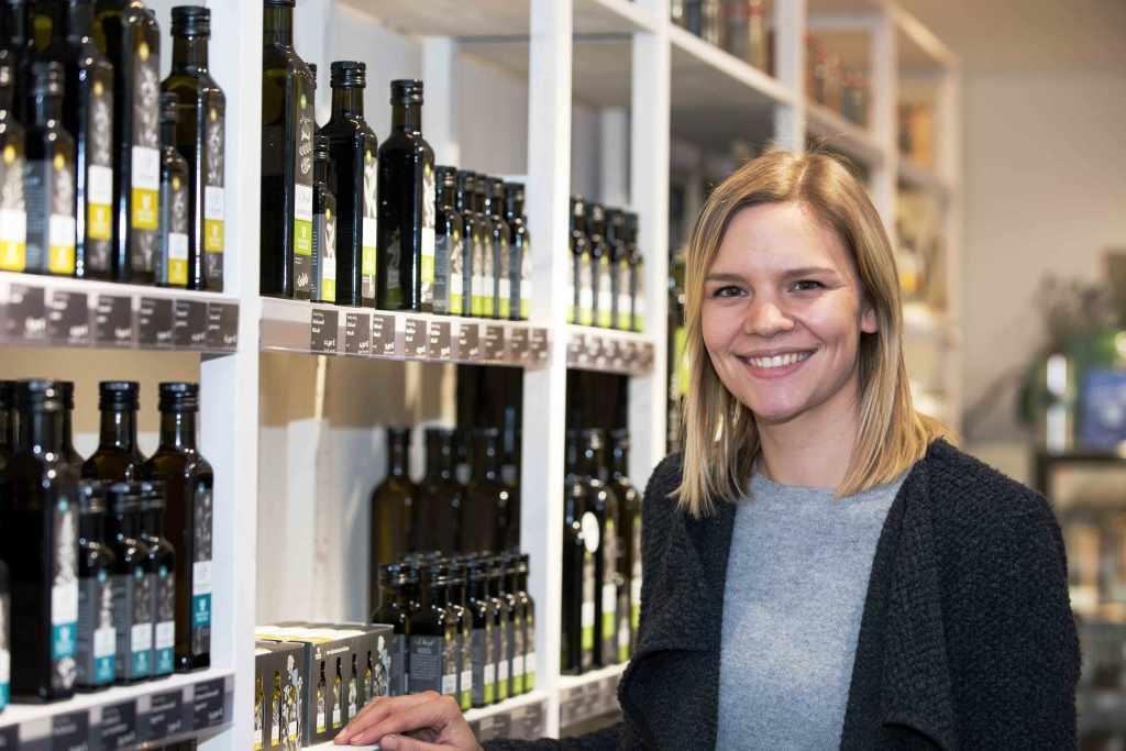 Sarah Baensch führt das Geschäft in der Kölner Innenstadt. copyright: CityNEWS / Alex Weis