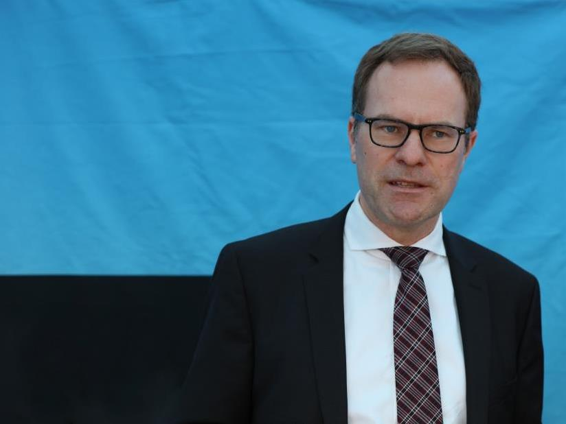 """Kölns Stadtdirektor Dr. Stephan Keller: """"Es geht auch nicht darum, Bußgelder einzutreiben, sondern eine Ausbreitung des Coronavirus zu verhindern."""" copyright: CityNEWS / Alex Weis"""