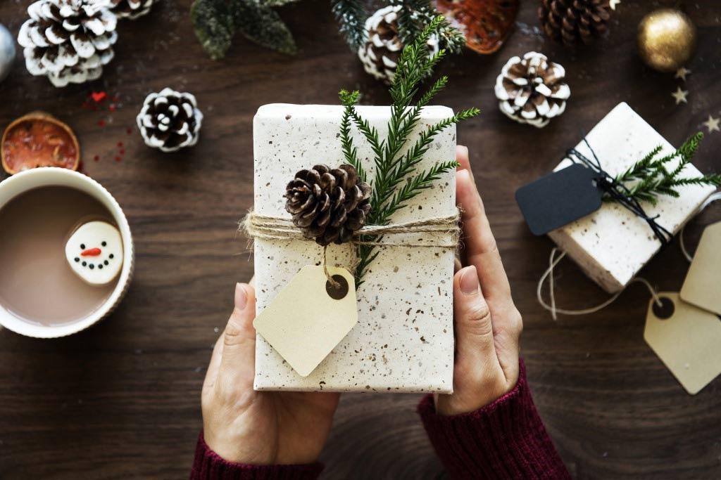 weihnachten f r bed rftige spenden sie lebensmittel bei der k lner tafel. Black Bedroom Furniture Sets. Home Design Ideas