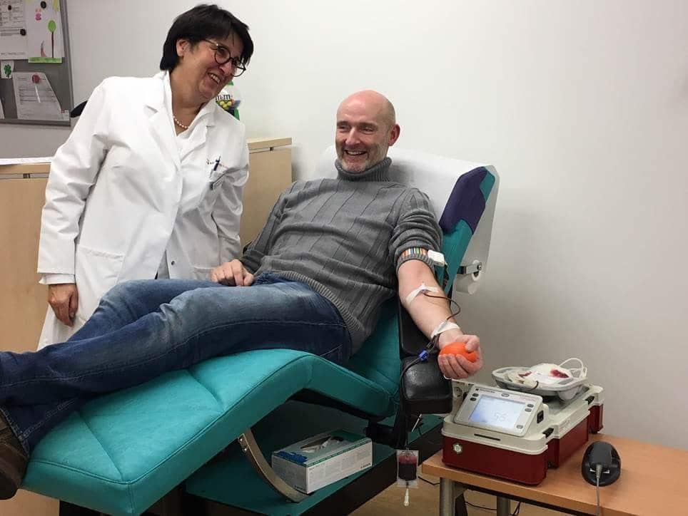 Wie das Kölner Dreigestirn: Blutspenden ist bei den Kliniken Köln ganz einfach! copyright: Kliniken Köln / Krebs