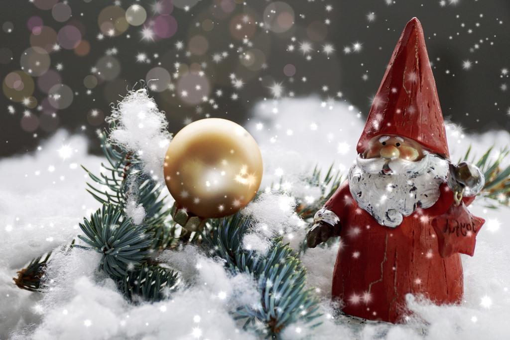 Auf dem Kölner Rudolfplatz ist (fast) alles dem Nikolaus gewidmet: sein Haus, sein Adventskalender, seine Gasse, seine Festbühne. copyright: pixabay.com