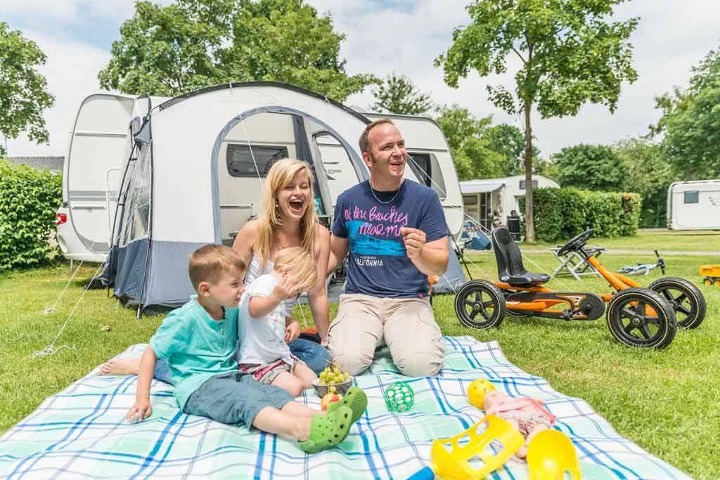 Der Alfsee Ferien- und Erholungspark eignet sich mit seinem Rundum-Service für Familien perfekt für einen Besuch mit Kindern. copyright: Alfsee GmbH