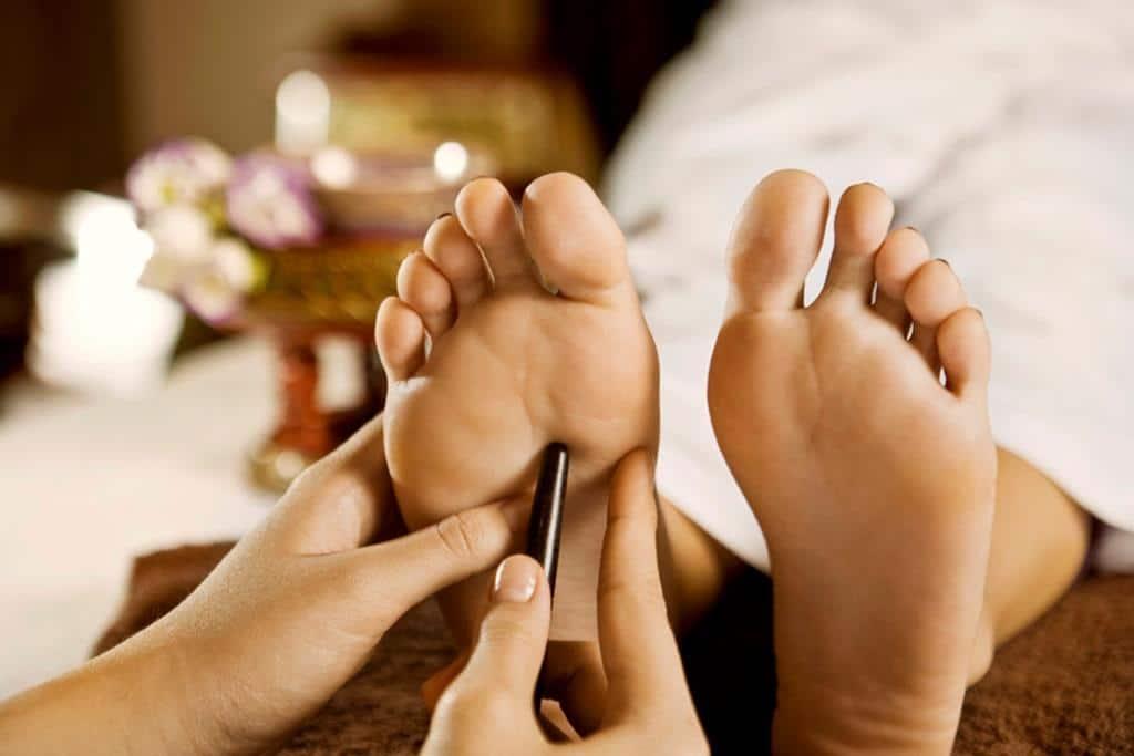Entspannung pur bei einer thailändischen Massage. copyright: Chaba / Achim Hehn