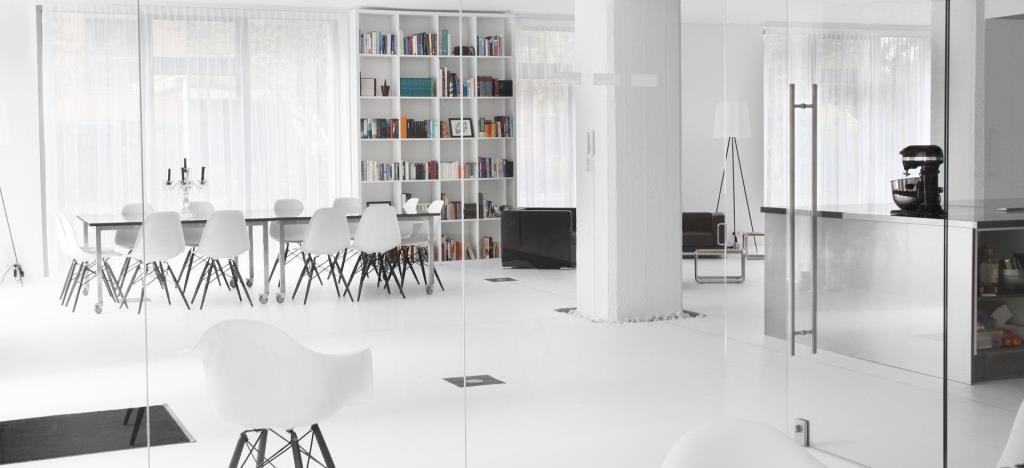 Modernes Design trifft auf stilvolles Flair copyright: Gastraum in der Alten Zigarrenfabrik über Event Inc
