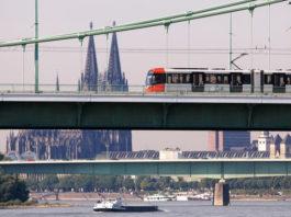 Kostenlos mit Bus und Bahn der KVB in Köln unterwegs sein copyright; Kölner Verkehrs-Betriebe AG