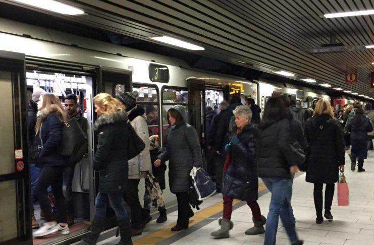 KVB sperrt Haltestelle Dom / Hauptbahnhof komplett wegen Bauarbeiten copyright: Stephan Anemüller / Kölner Verkehrs-Betriebe AG