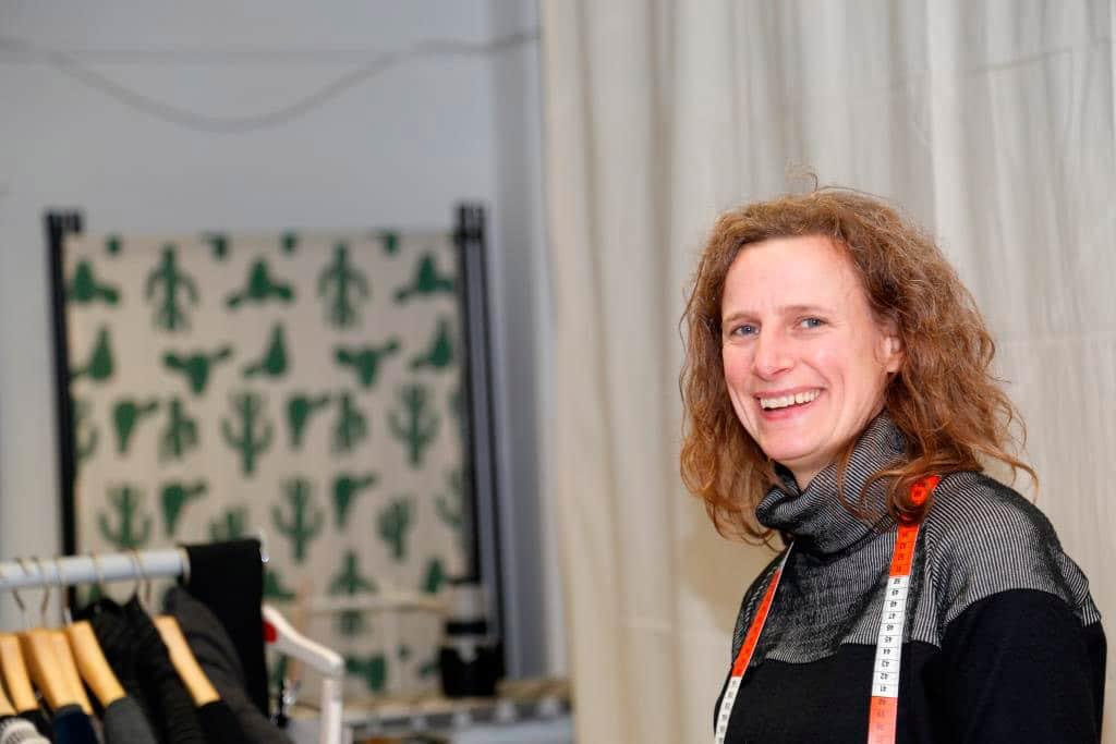 Nina Höbelheinrich entwirft und verkauft nur noch Upcycling- oder Green Fashion. copyright: CityNEWS / Alex Weis