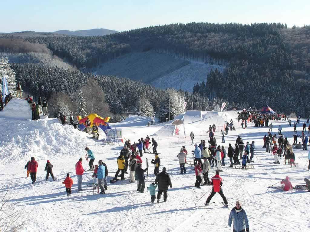 Wintersport in NRW: Ski, Snowboard, Rodeln oder Langlauf copyright: Sauerland-Tourismus e.V.