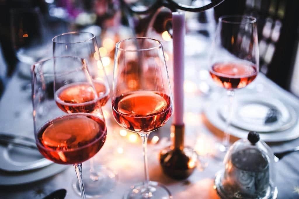 Das perfekte Weihnachtsdinner: Den passenden Wein finden copyright: pixabay.com