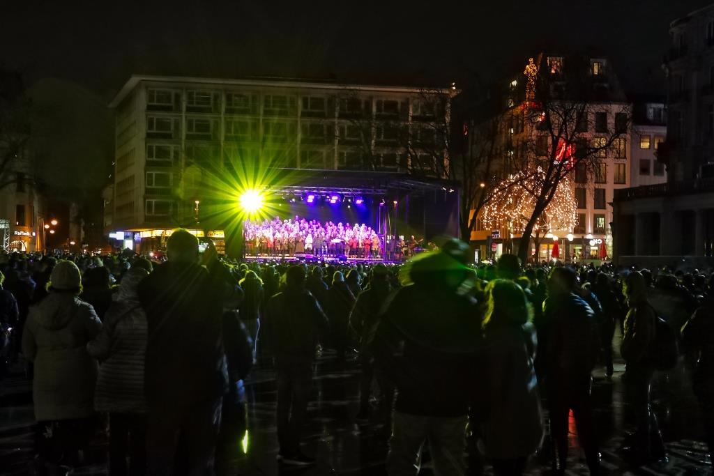 Am Kölner Dom wird es wieder ein musikalisches und visuelles Rahmenprogramm zu Silvester geben. copyright: CityNEWS / Thomas Pera