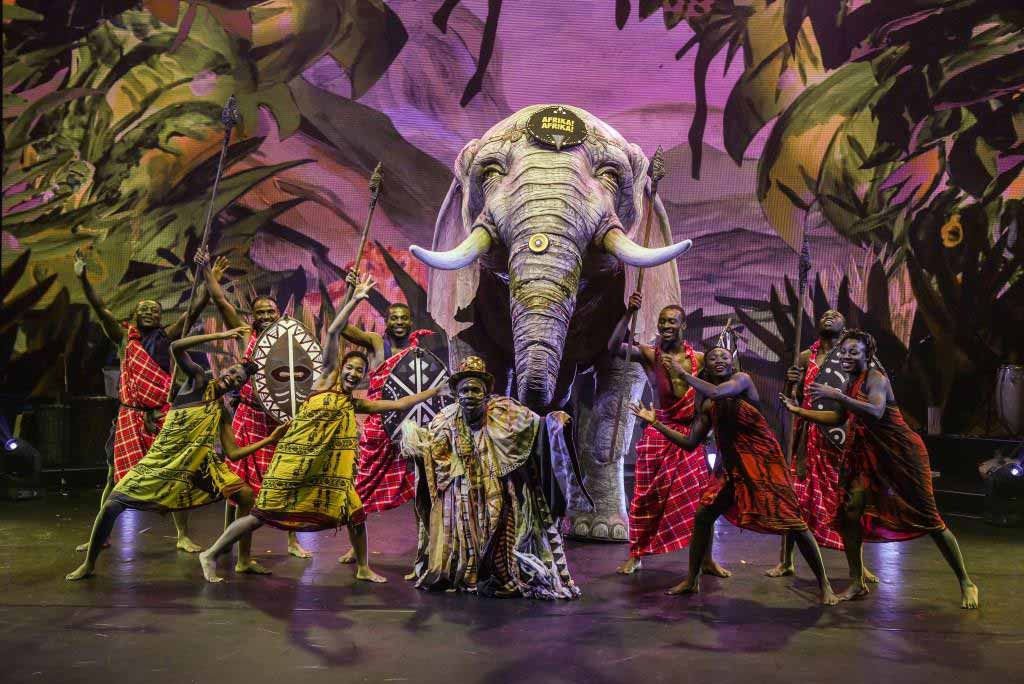 """Elefant """"Dumbo"""" geht mit auf große Tournee. copyright: Nilz Böhme"""