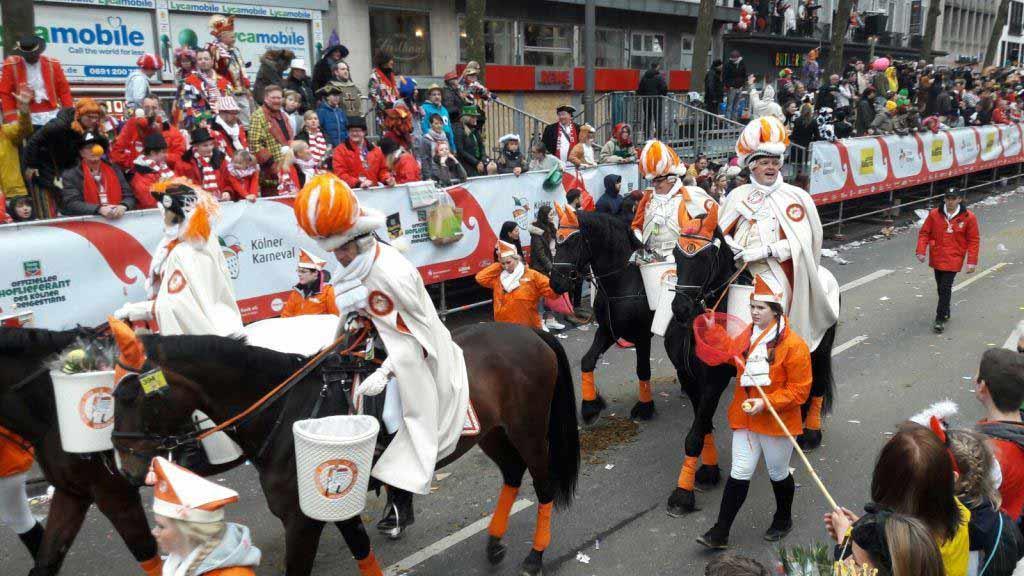 Auf Pferde muss in diesem Jahr beim Kölner Rosenmontagszug verzichtet werden. copyright: CityNEWS