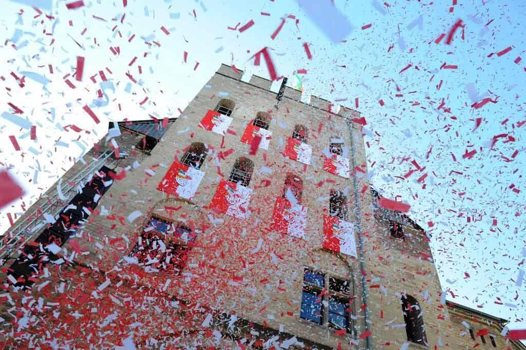 Der Rosenmontagszug aus Köln und BRINGS-Konzert kostenlos hier im Livestream sehen! copyright: Festkomitee Kölner Karneval