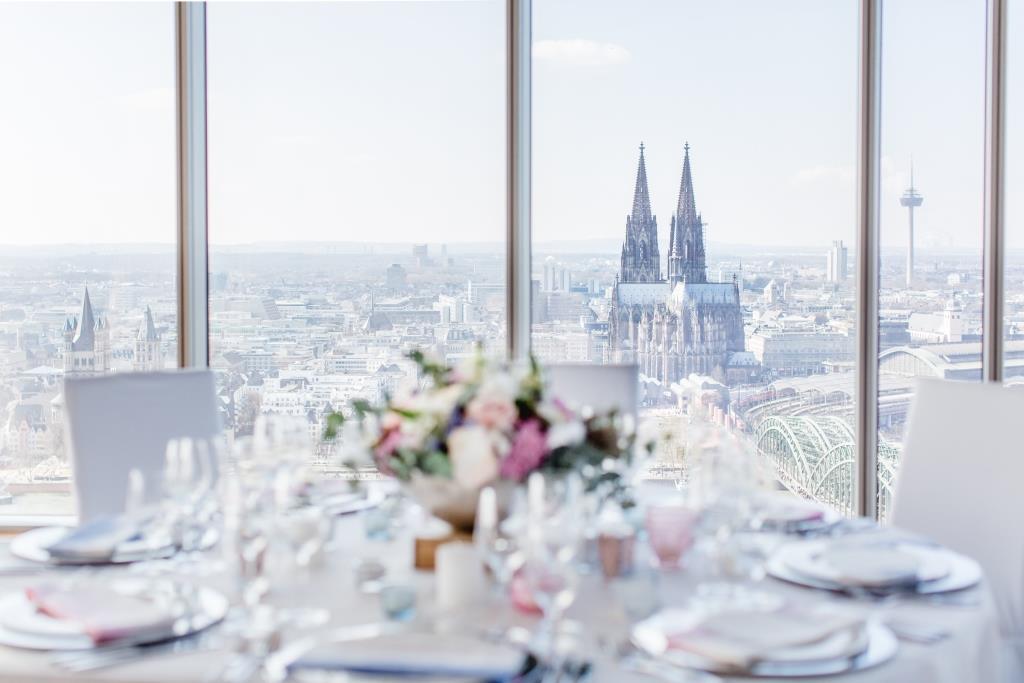Ein Traum auf Wolke sieben im KölnSKY! copyright: KölnSKY / Daniel Undorf Fotografie