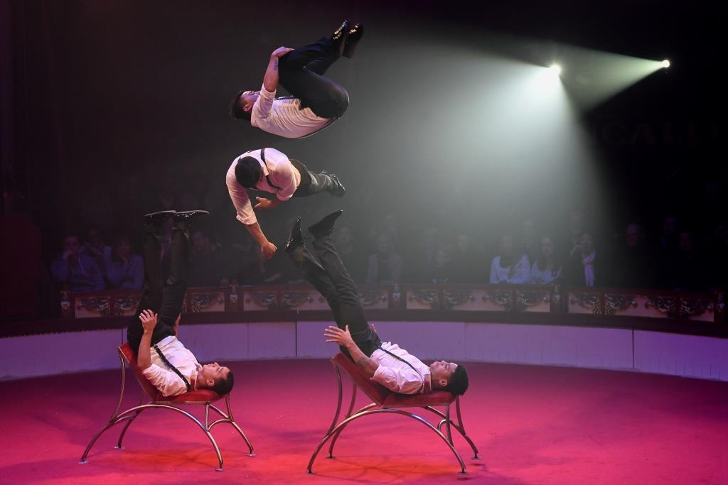 Der Zirkus bietet beste Unterhaltung für Klein und Groß! copyright: www.croncalli.de