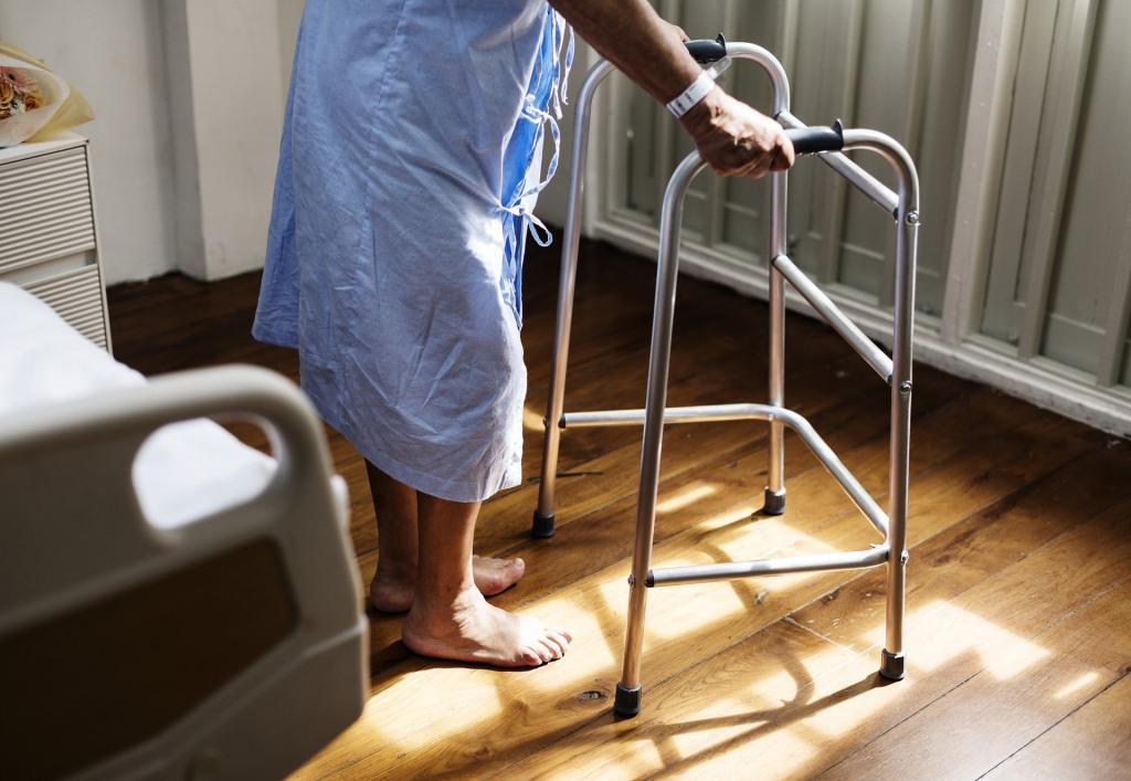 In NRW fehlt es besonders an Pflegekräften. copyright: pixabay.com