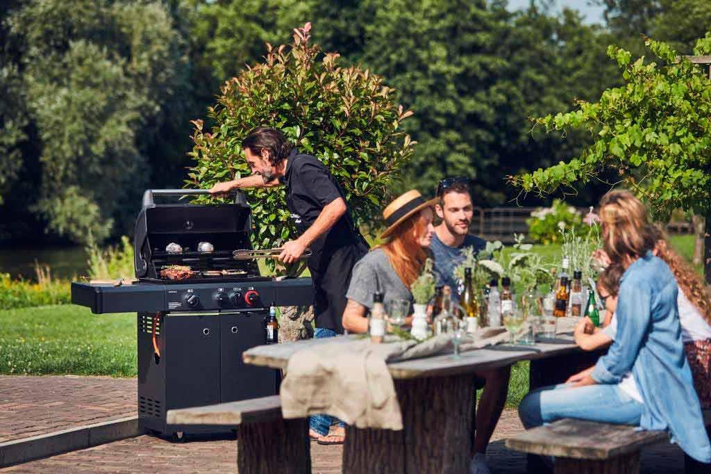 Die luxuriöse Außenküche für das Premium-Grillergebnis copyright: Enders Colsman AG