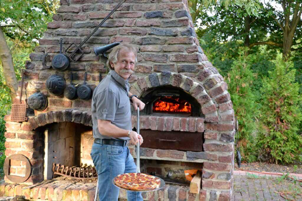 Höhner-Frontmann Henning Krautmacher ist leidenschaftlicher Koch. copyright: privat
