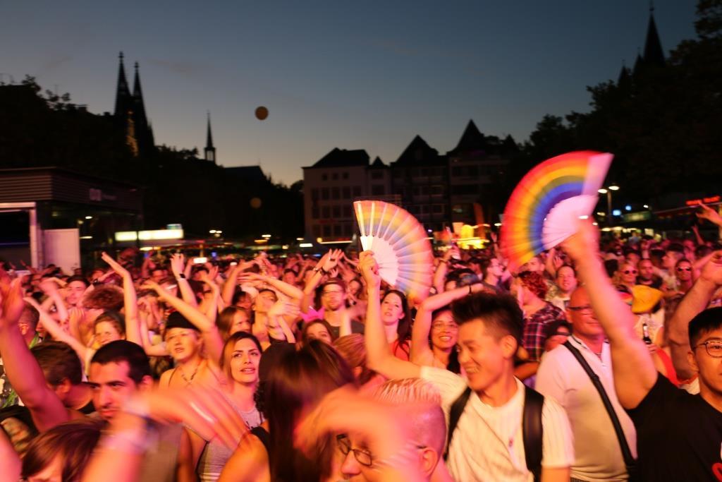Tausende Besucher kamen zum Bühnenprogramm in die Kölner Altstadt. copyright. CityNEWS