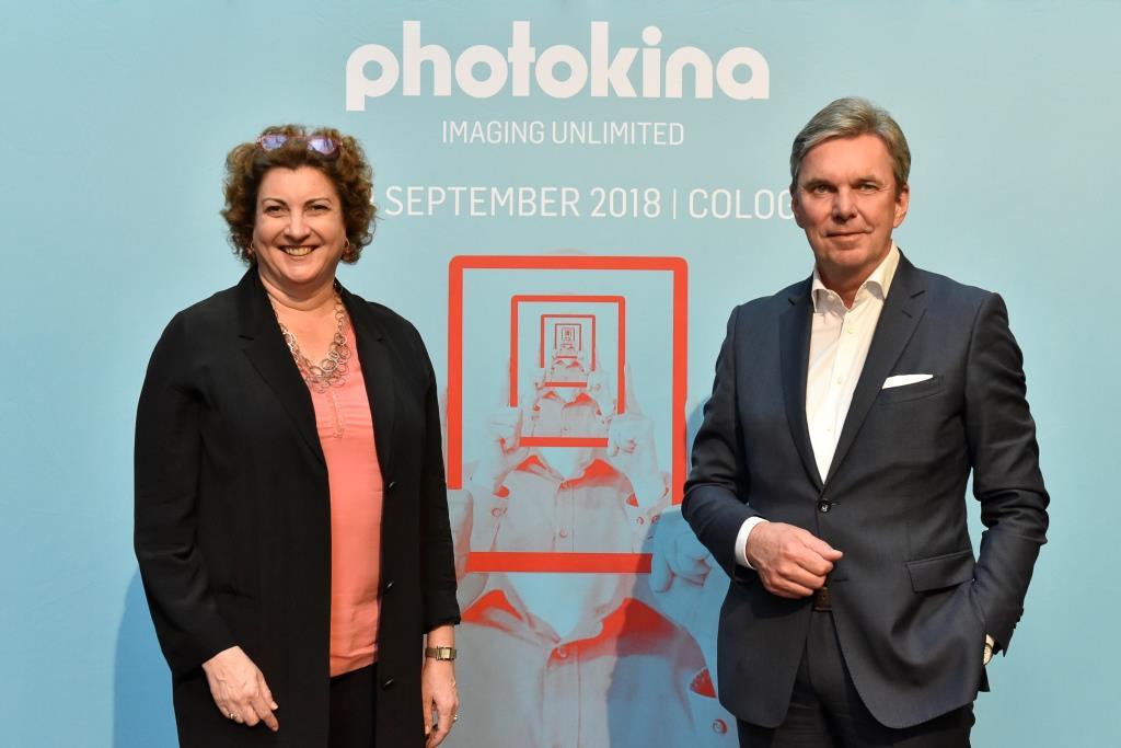 Katharina C. Hamma, Geschäftsführerin Koelnmesse und Rainer Führes, Vorsitzender des Photoindustrie-Verbandes copyright: Koelnmesse GmbH, Thomas Klerx