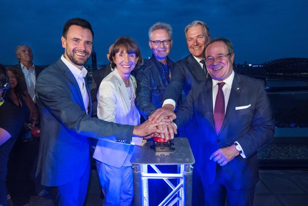 Startschuss zum Licht-Spektakel LIGHT IT UP copyright: Koelnmesse GmbH, Uwe Weiser