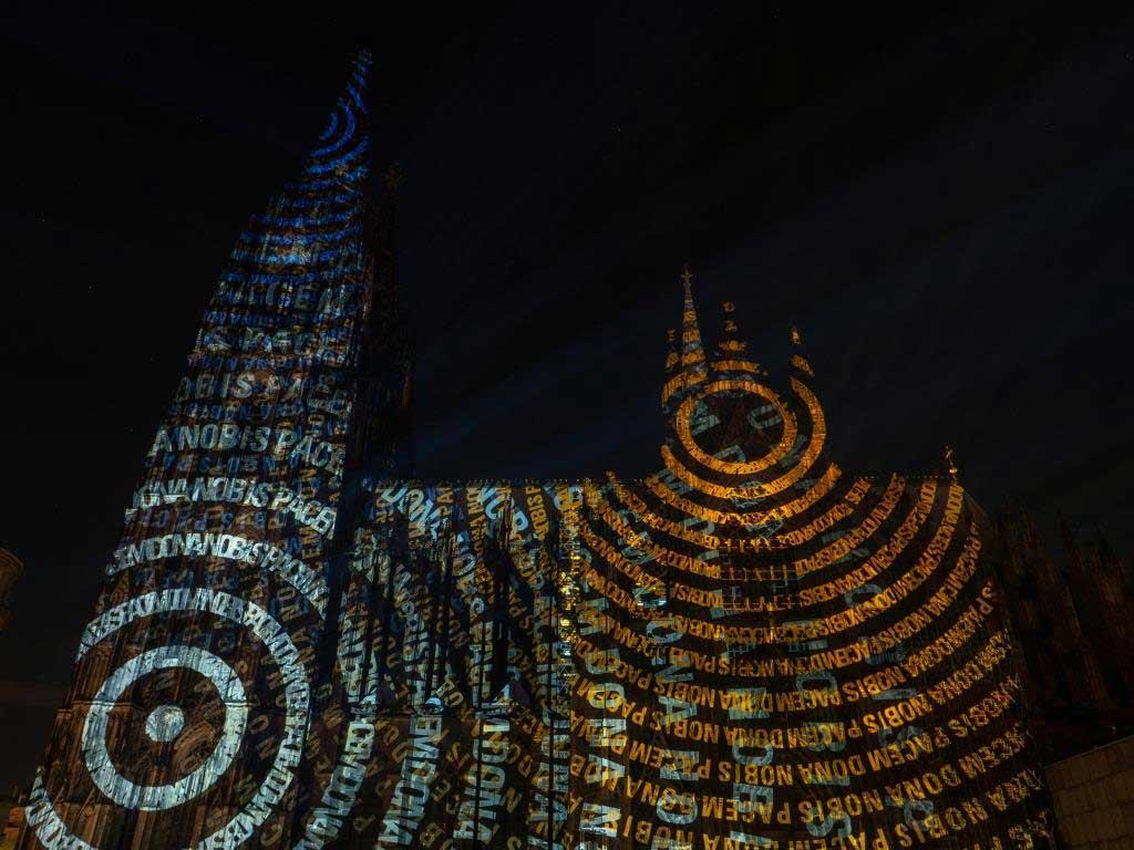 Spektakuläre Licht-Inszenierung am Kölner Dom Copyright: Hohe Domkirche Köln, Dombauhütte; Foto: M. Laufenberg