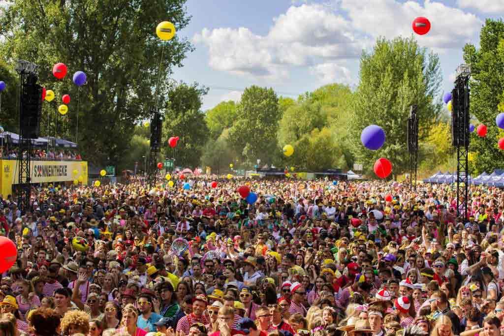 "11.000 Besucher feierten ganz ""Jeck im Sunnesching"" in Köln! copyright: CityNEWS / Alex Weis"